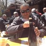 Giancarlo regna sulla tavola da pranzo