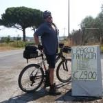 Via Acqua Felice poco dopo la Casilina