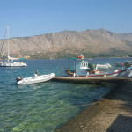 RomAtene-undicesima-tappa-Kanali-Mytikas-barche-in-porto